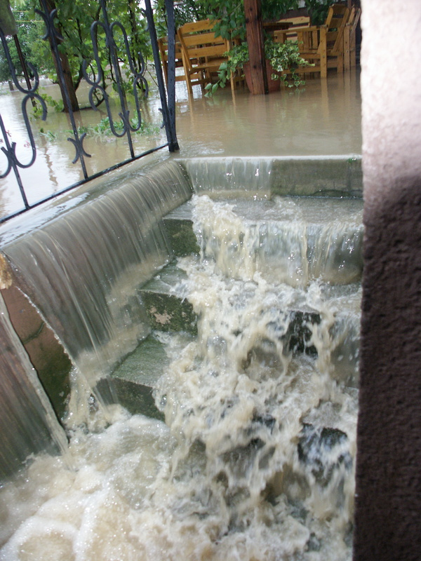 3 Common Causes Of Basement Flooding Brothers In Grime